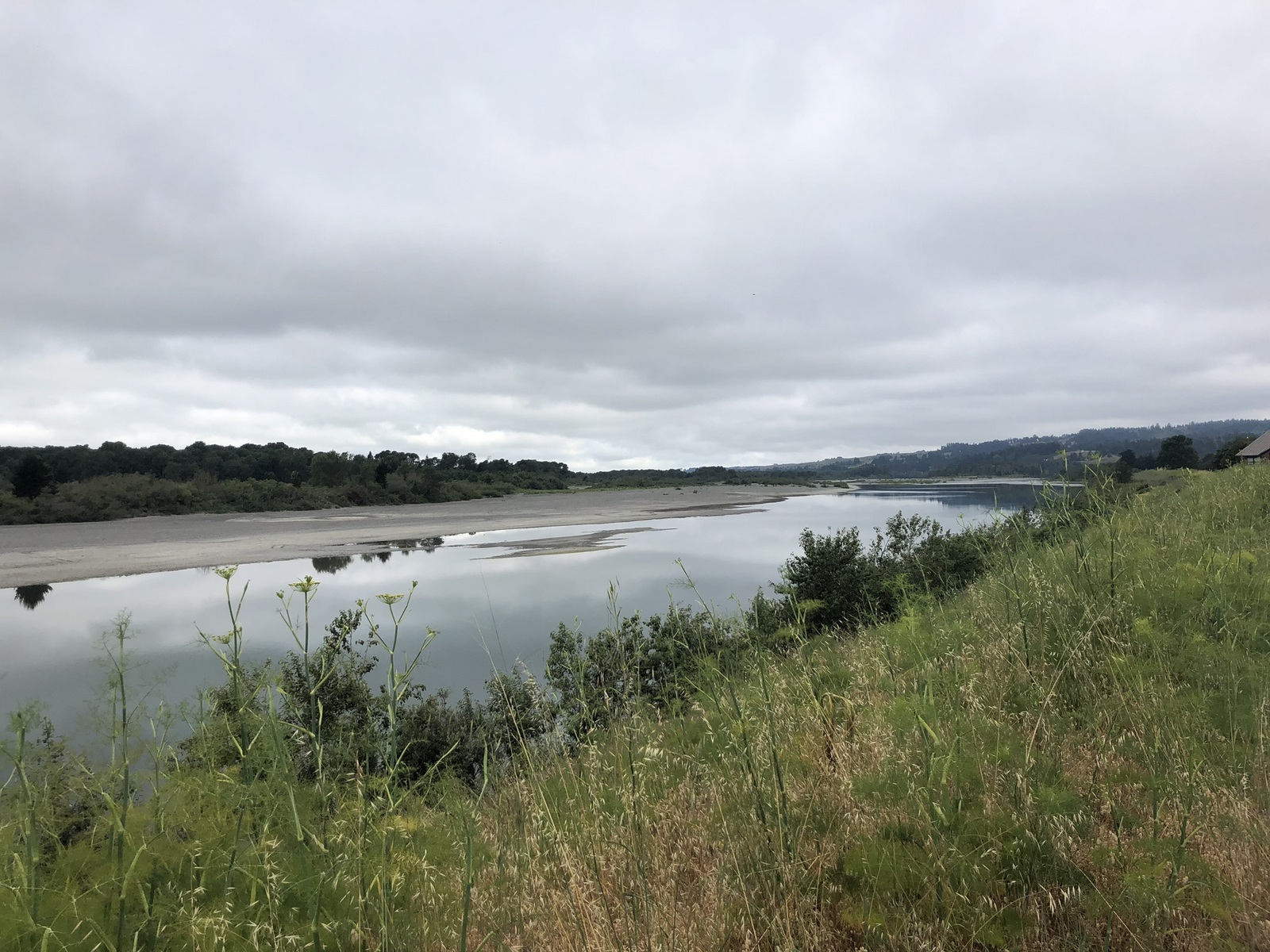 background image of eel river
